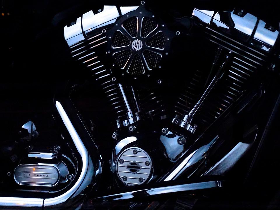 dvouválvocý motor